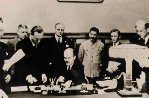 76-de-ani-de-la-semnarea-pactului-ribbentrop-molotov-11924
