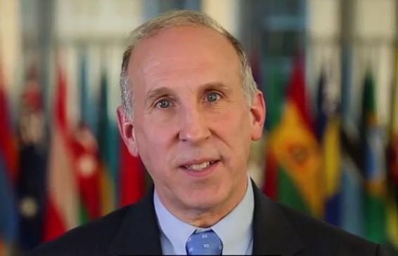 Ambasadorul SUA pettit-630x365