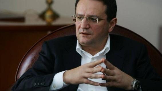 ambasadorul-george-maior-are-de-limpezit-mai-multe-pete-din-biografia-sa-214702-1-586x319
