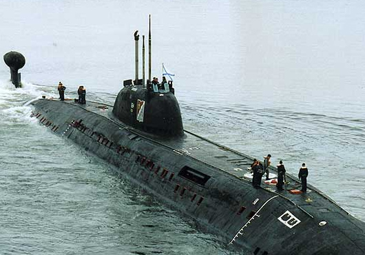 Submariners-Saved-Fishermen-in-Barents-Sea