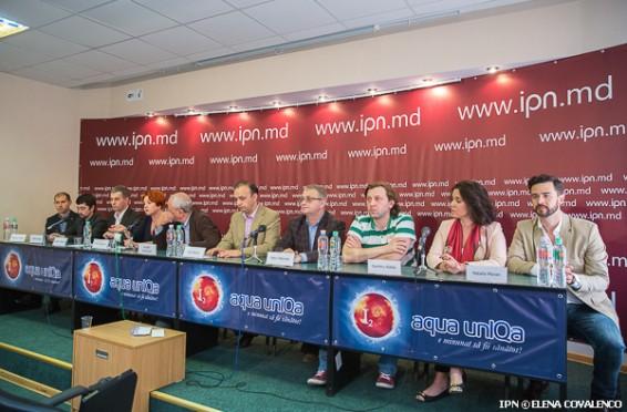 Societatea civilă continuă protestele contra modificării sistemului electoral