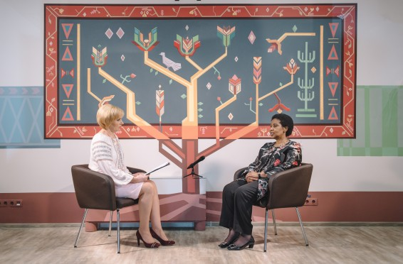 Ms. Phumzile Mlambo-Ngcuka gives an interview to the national TV station. Chisinau, Republic of Moldova.