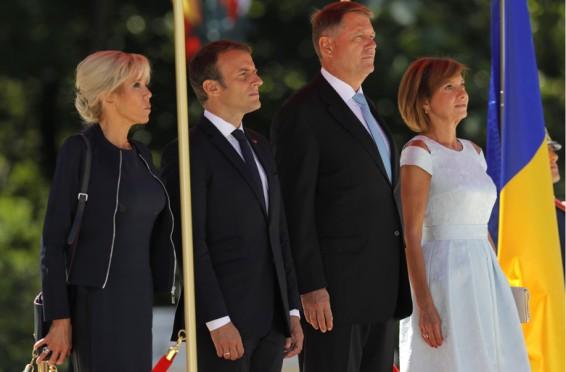 Macron Romania