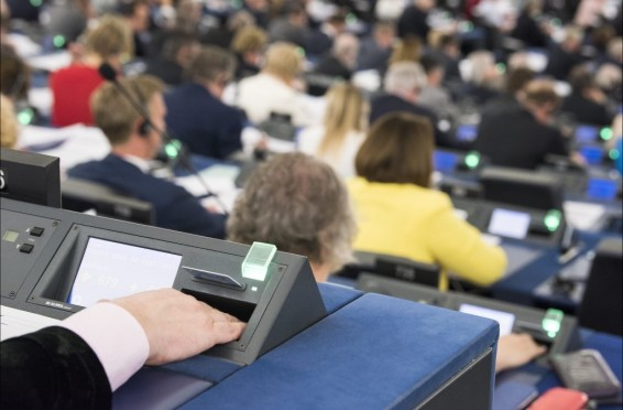 vote-European-Parliament-1024x684